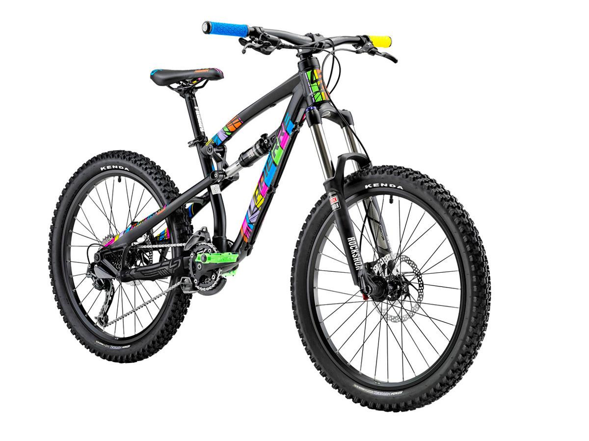 Une draisienne : pour apprendre le vélo à votre bout de chou